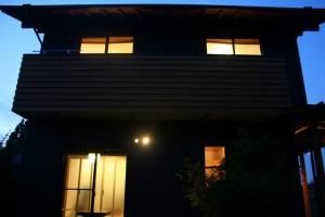 黒壁の家 (2)