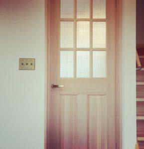木製ドア トグルスイッチ
