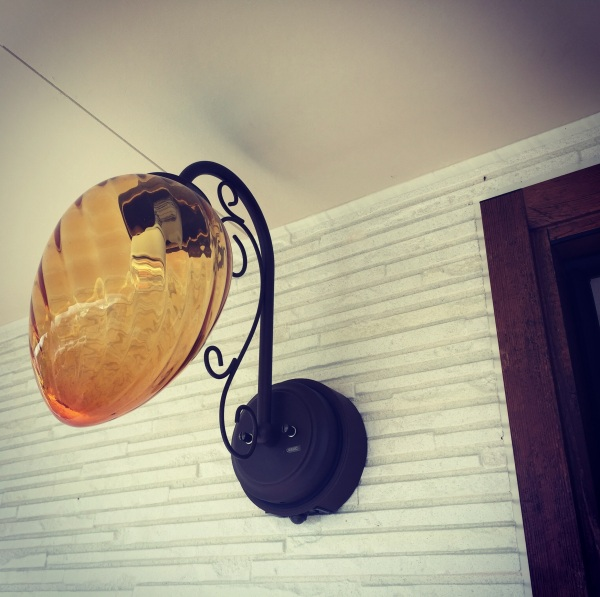 おしゃれな玄関ポーチ照明