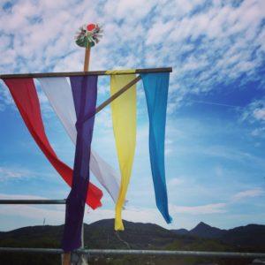 上棟式 五色の旗