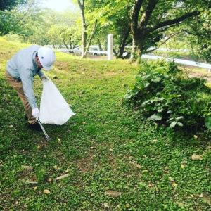 201905東光山公園 清掃ボランティア 公園内清掃